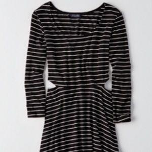 AEO SOFT & SEXY CUTOUT FIT & FLARE DRESS